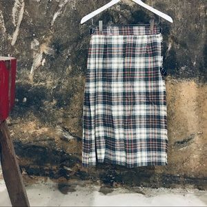 Vintage gray and red plaid wool kilt skirt